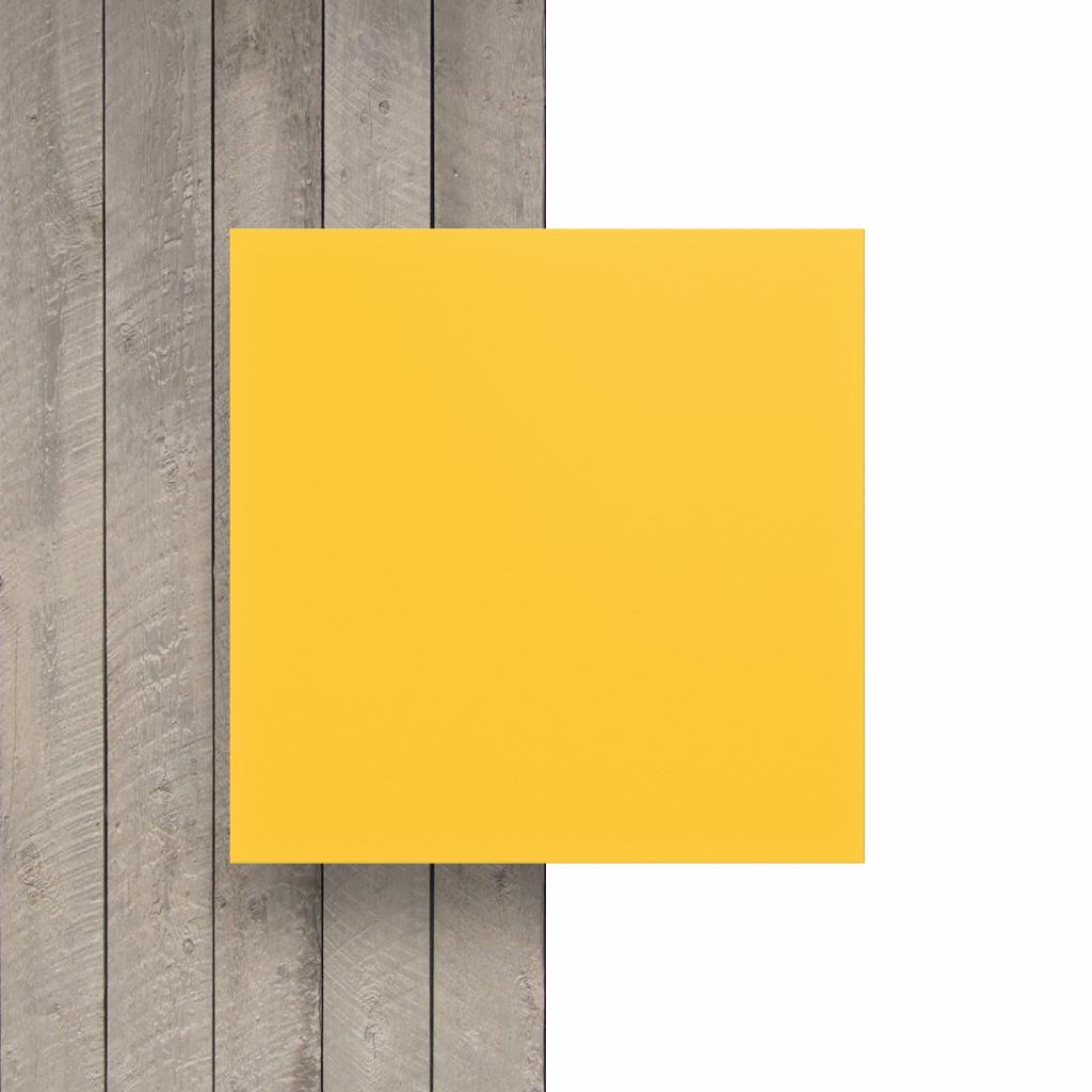 Devant plaque PVC mousse jaune