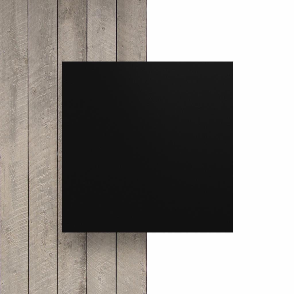 Devant plaque de lettres en plexiglass noir mat