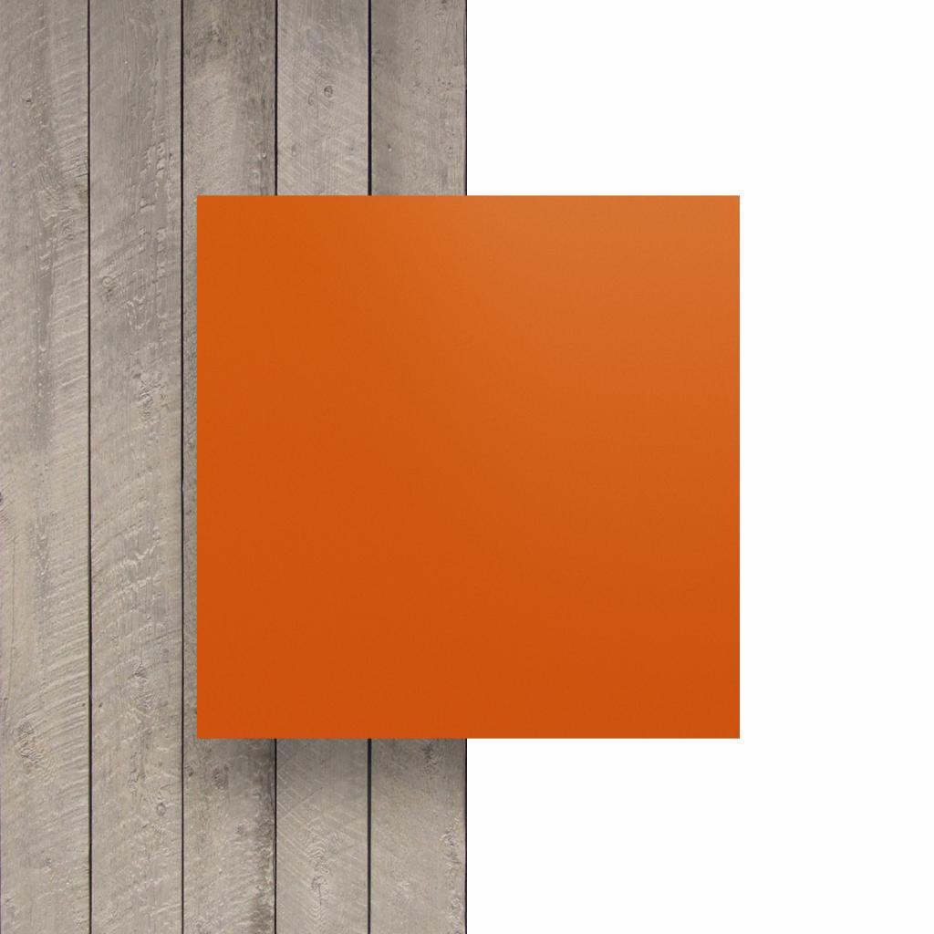Devant plaque de lettres en plexiglass orange mat